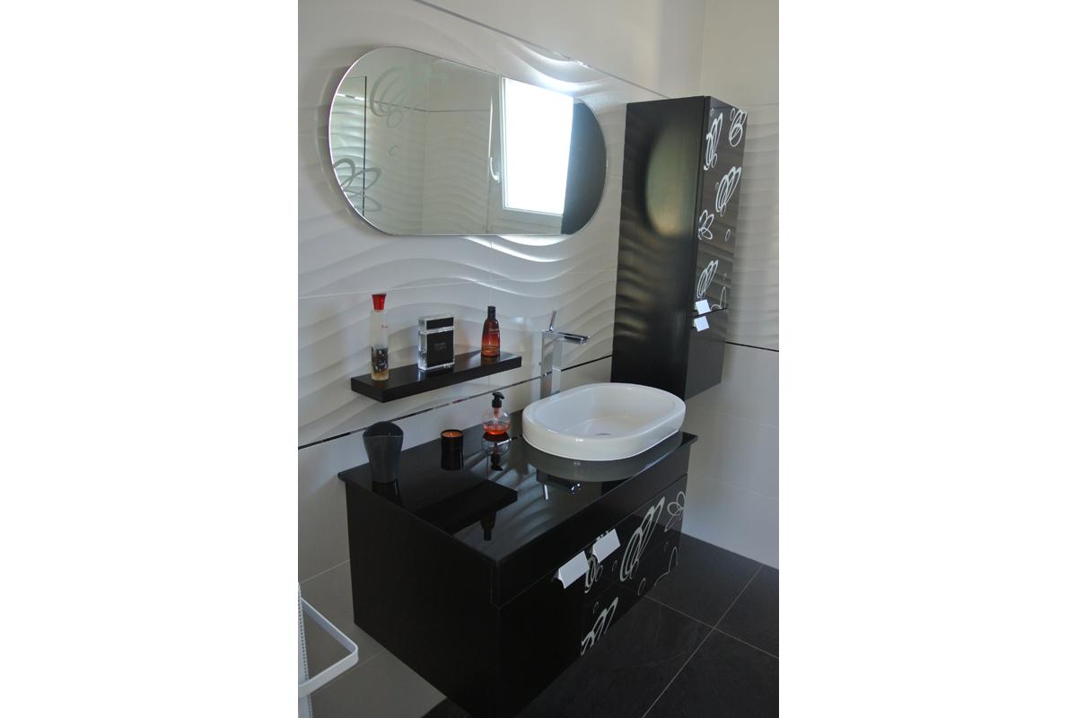 Salle de bain avec chambre